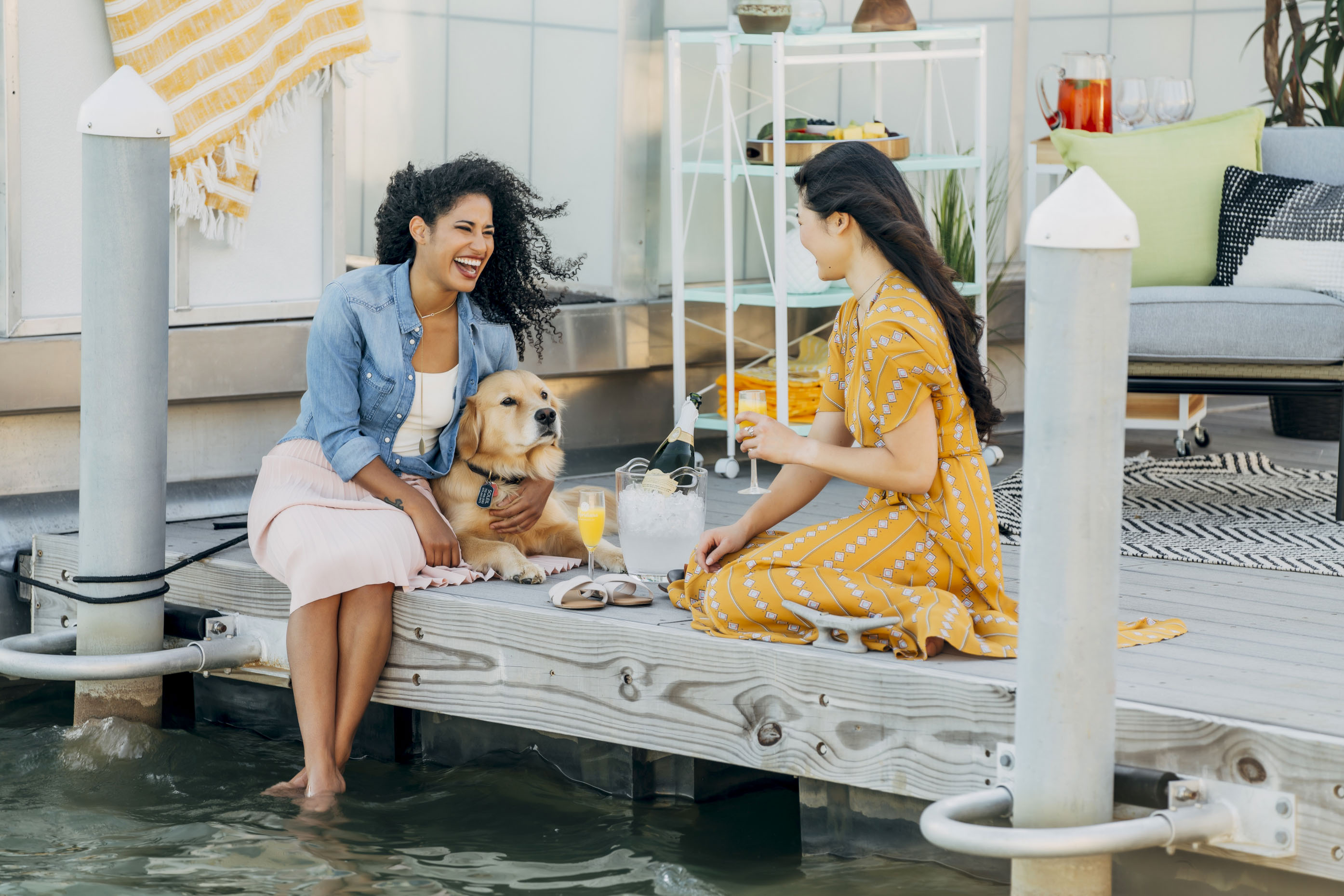 Women-with-dog-on-dock--Inti-St-Clair-Lifestyle-is20180508_Meridina_9069